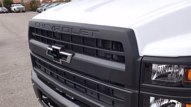 2019 Chevrolet Silverado 6500 Regular Cab DRW RWD, Knapheide Value-Master X Stake Bed #CF9T153049 - photo 27
