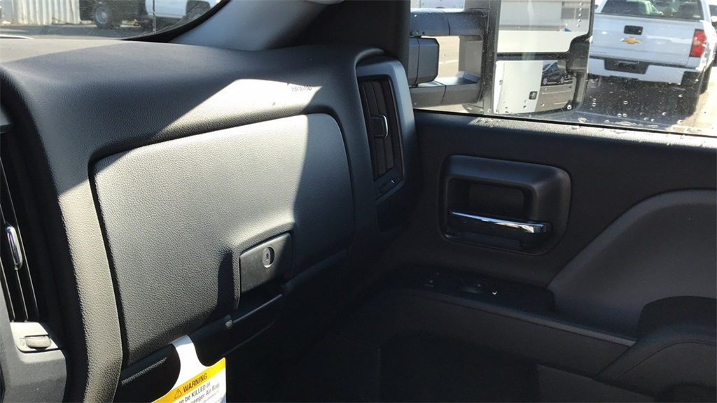 2019 Silverado 2500 Crew Cab 4x4,  Pickup #CF9T155326 - photo 27