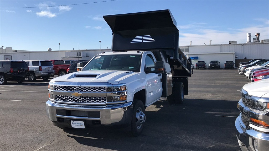 2019 Silverado 3500 Regular Cab DRW 4x4,  Crysteel Dump Body #CF9T160066 - photo 4