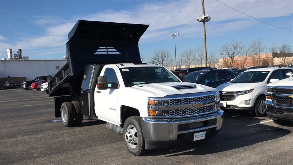 2019 Silverado 3500 Regular Cab DRW 4x4,  Crysteel Dump Body #CF9T160066 - photo 6