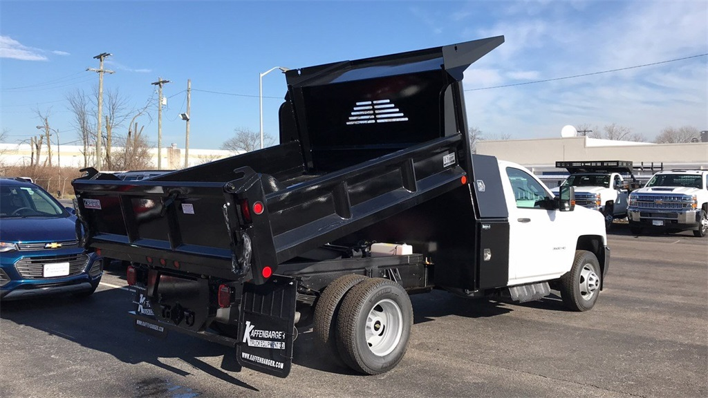 2019 Silverado 3500 Regular Cab DRW 4x4,  Crysteel Dump Body #CF9T160066 - photo 3