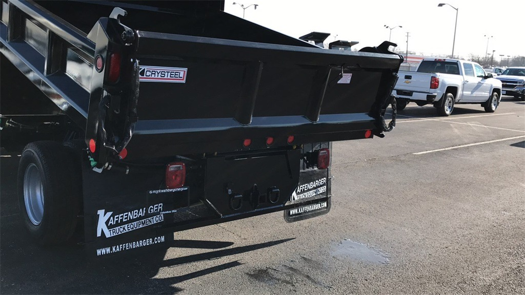 2019 Silverado 3500 Regular Cab DRW 4x4,  Crysteel Dump Body #CF9T160066 - photo 8