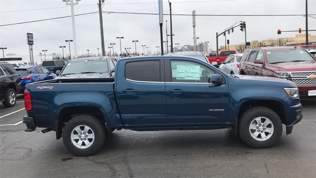 2019 Colorado Crew Cab 4x4,  Pickup #CF9T160422 - photo 6