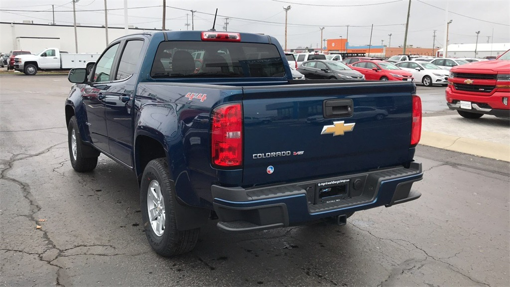 2019 Colorado Crew Cab 4x4,  Pickup #CF9T160422 - photo 2