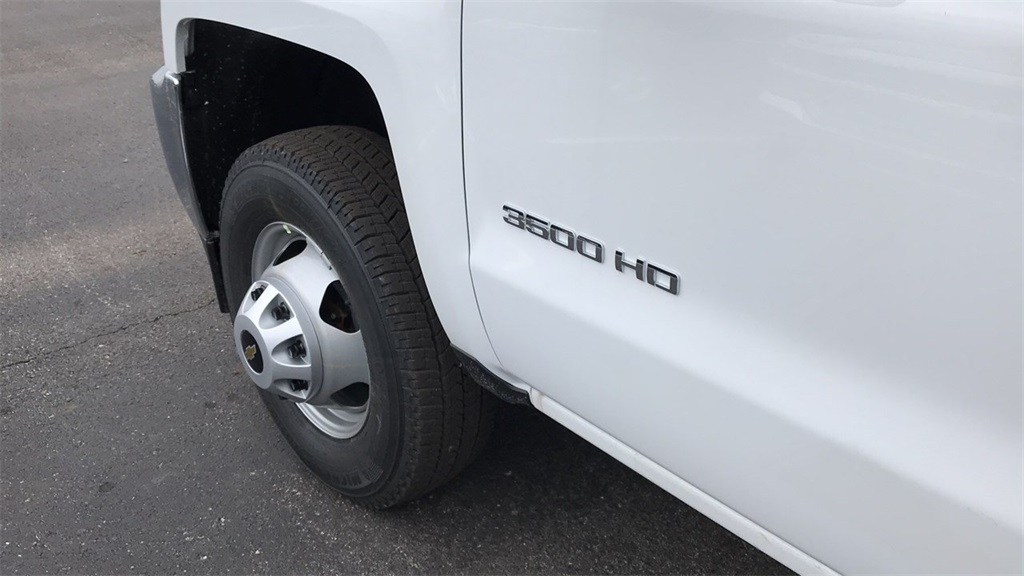 2019 Silverado 3500 Regular Cab DRW 4x4,  Duramag Service Body #CF9T161039 - photo 14