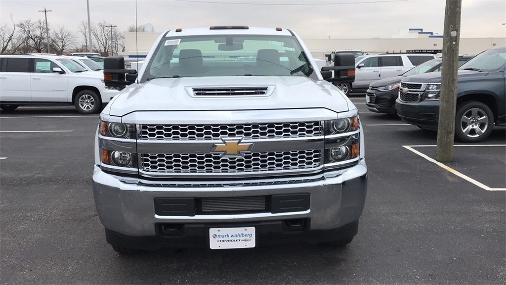 2019 Silverado 3500 Regular Cab DRW 4x4,  Duramag Service Body #CF9T161039 - photo 5