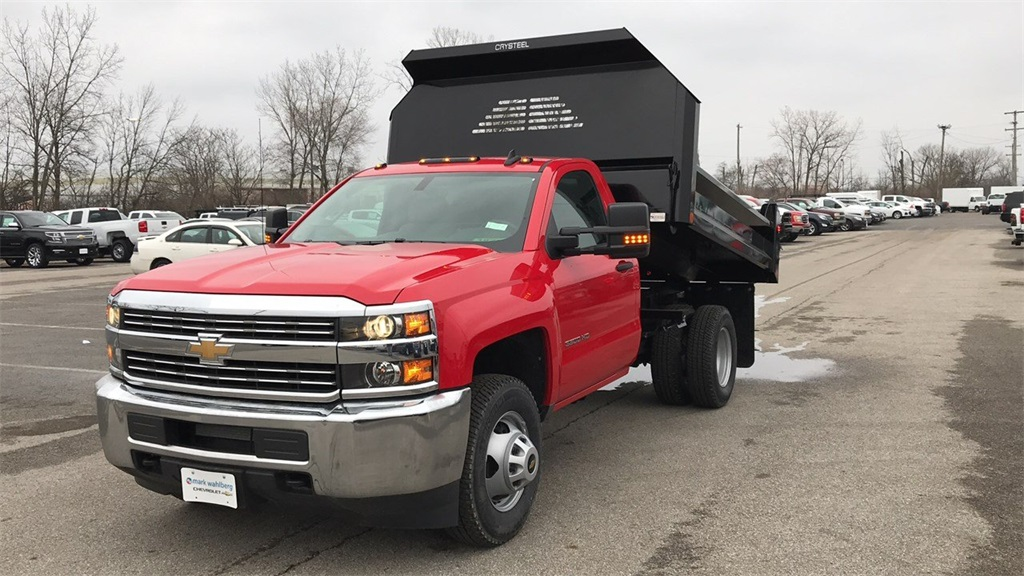 2017 Silverado 3500 Regular Cab DRW 4x2,  Cab Chassis #CHZ256656 - photo 4