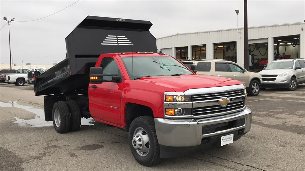 2017 Silverado 3500 Regular Cab DRW 4x2,  Cab Chassis #CHZ256656 - photo 6