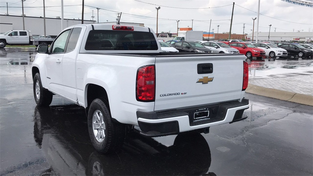 2018 Colorado Extended Cab 4x2,  Pickup #CJ1291402 - photo 8