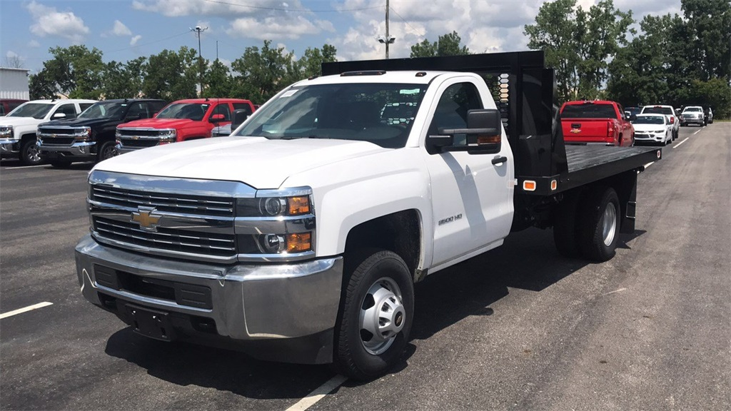 2018 Silverado 3500 Regular Cab DRW 4x2,  Knapheide Platform Body #CJF109342 - photo 5