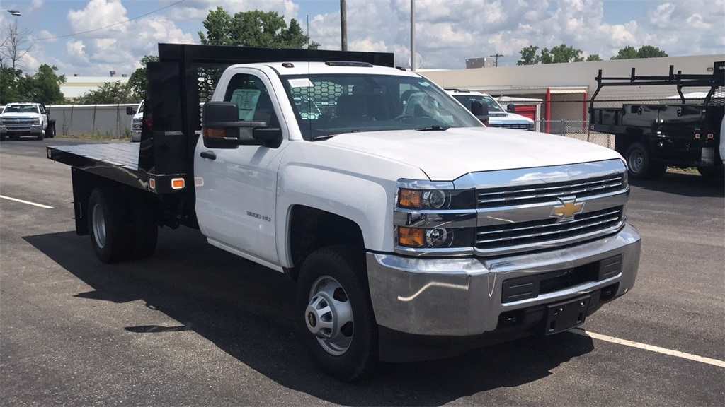 2018 Silverado 3500 Regular Cab DRW 4x2,  Knapheide Platform Body #CJF109342 - photo 7