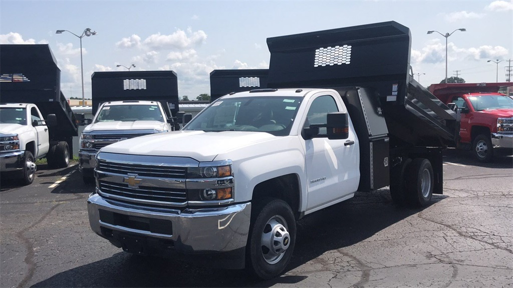 2018 Silverado 3500 Regular Cab DRW 4x2,  Knapheide Dump Body #CJF110071 - photo 3