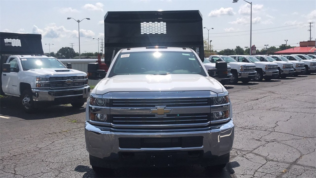 2018 Silverado 3500 Regular Cab DRW 4x2,  Knapheide Dump Body #CJF110071 - photo 4