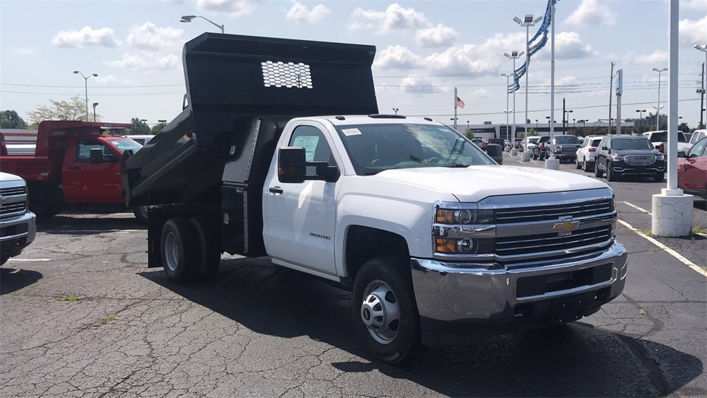 2018 Silverado 3500 Regular Cab DRW 4x2,  Knapheide Dump Body #CJF110071 - photo 5