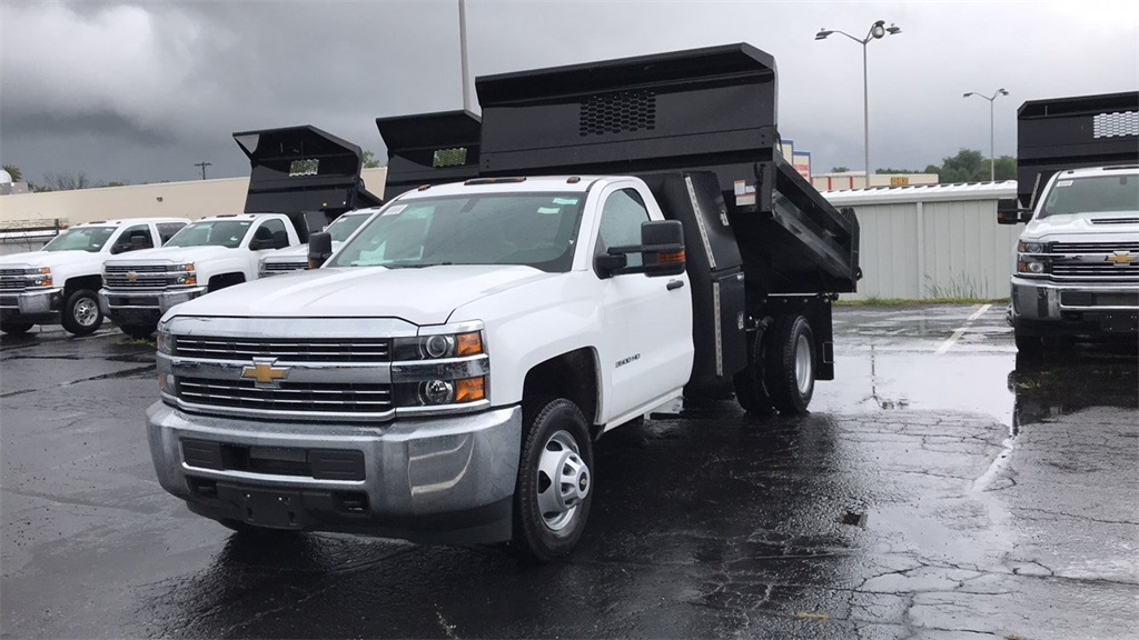2018 Silverado 3500 Regular Cab DRW 4x2,  Knapheide Dump Body #CJF112169 - photo 3