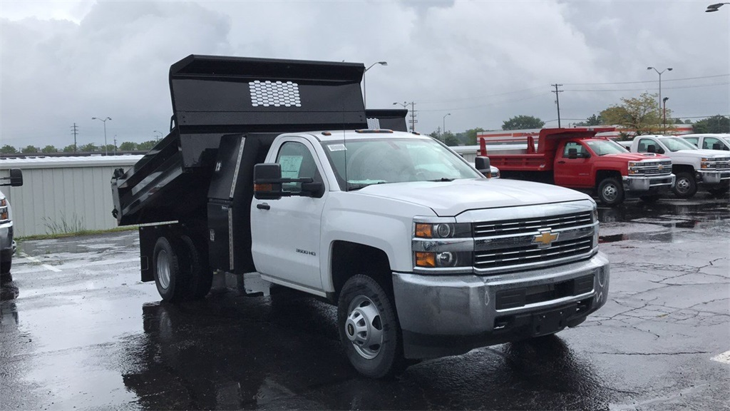 2018 Silverado 3500 Regular Cab DRW 4x2,  Knapheide Rigid Side Dump Body #CJF112169 - photo 5