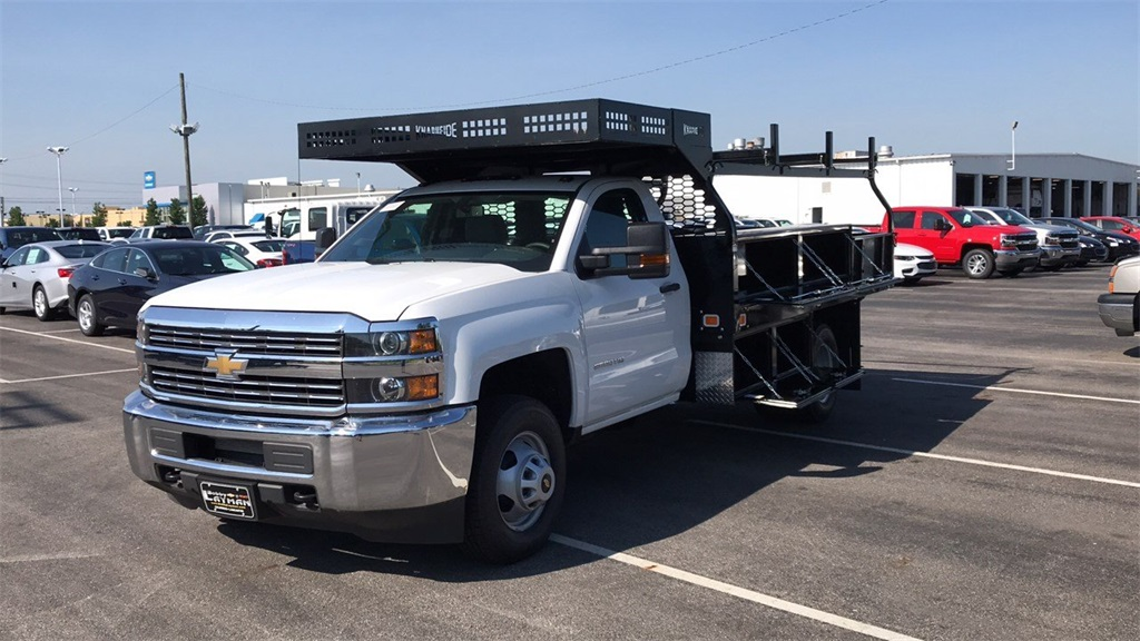 2018 Silverado 3500 Regular Cab DRW 4x2,  Knapheide Contractor Body #CJF112250 - photo 3