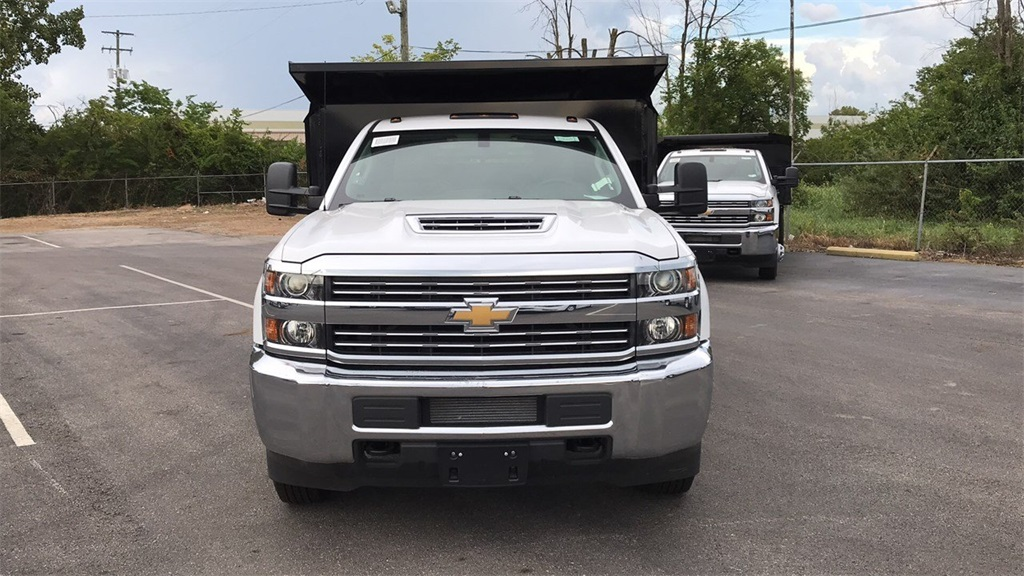 2018 Silverado 3500 Regular Cab DRW 4x2,  Crysteel Dump Body #CJF126182 - photo 5
