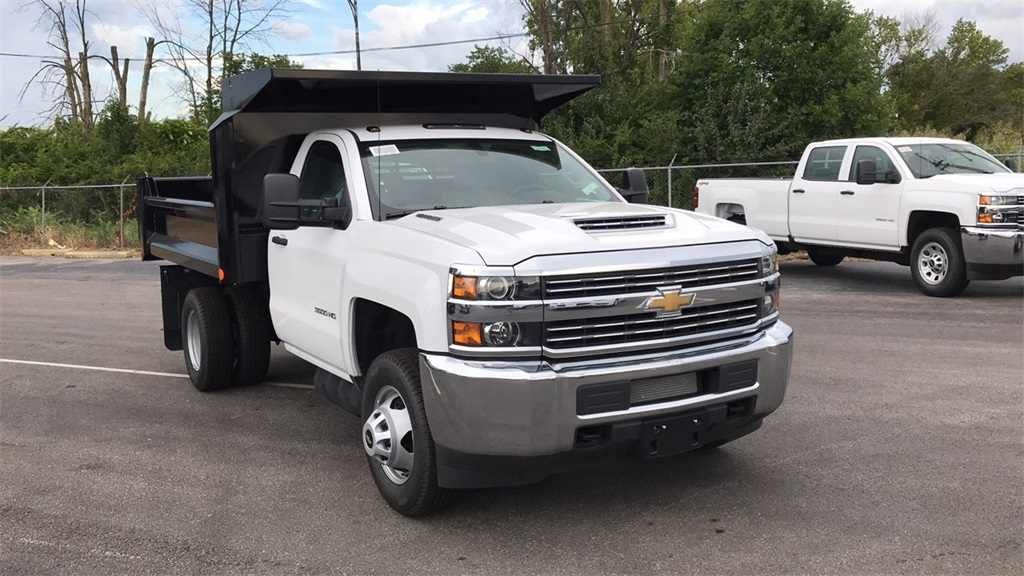 2018 Silverado 3500 Regular Cab DRW 4x2,  Crysteel Dump Body #CJF126182 - photo 6