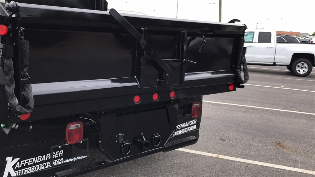 2018 Silverado 3500 Regular Cab DRW 4x2,  Crysteel Dump Body #CJF126182 - photo 8