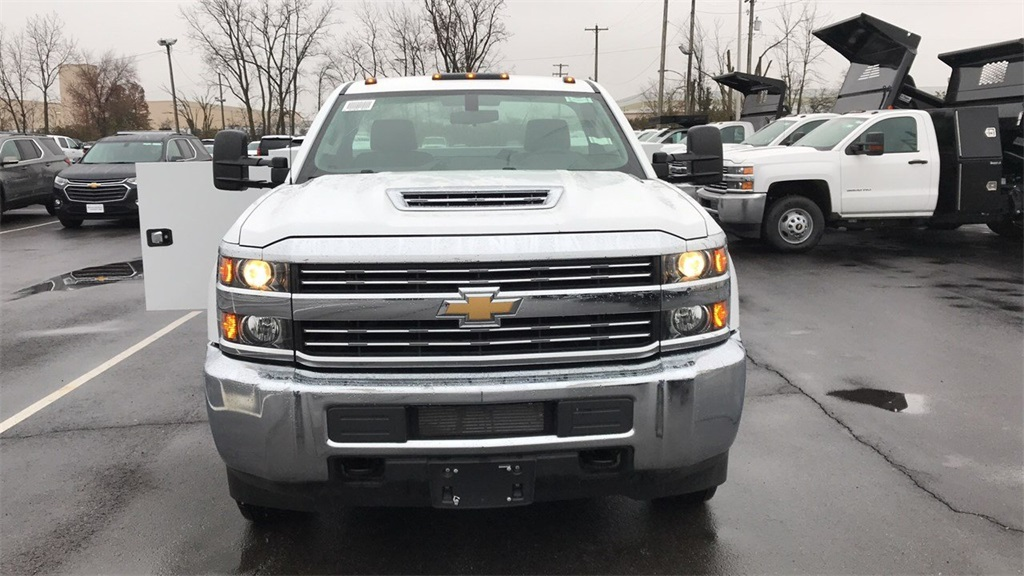 2018 Silverado 3500 Regular Cab DRW 4x2,  Service Body #CJF128109 - photo 4