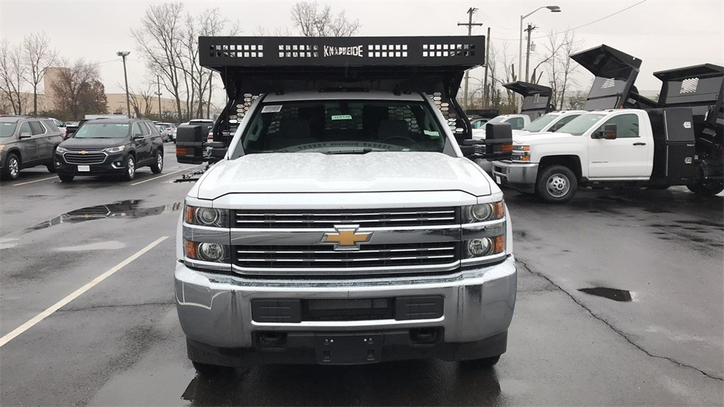 2018 Silverado 3500 Regular Cab DRW 4x4,  Knapheide Concrete Contractor Body #CJF146828 - photo 5