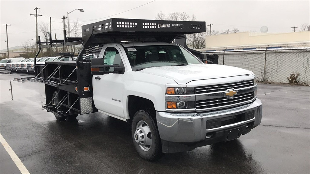 2018 Silverado 3500 Regular Cab DRW 4x4,  Knapheide Concrete Contractor Body #CJF146828 - photo 6
