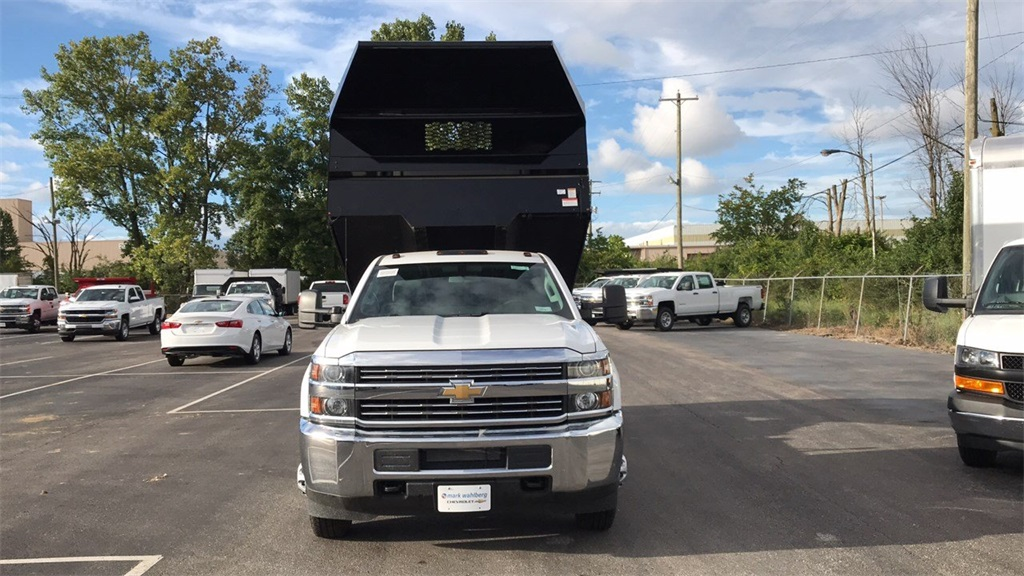 2018 Silverado 3500 Regular Cab DRW 4x2,  Knapheide Dump Body #CJF148363 - photo 4