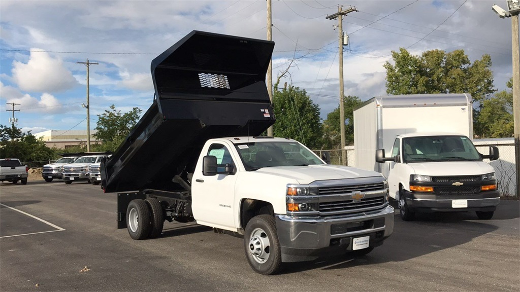 2018 Silverado 3500 Regular Cab DRW 4x2,  Knapheide Dump Body #CJF148363 - photo 5