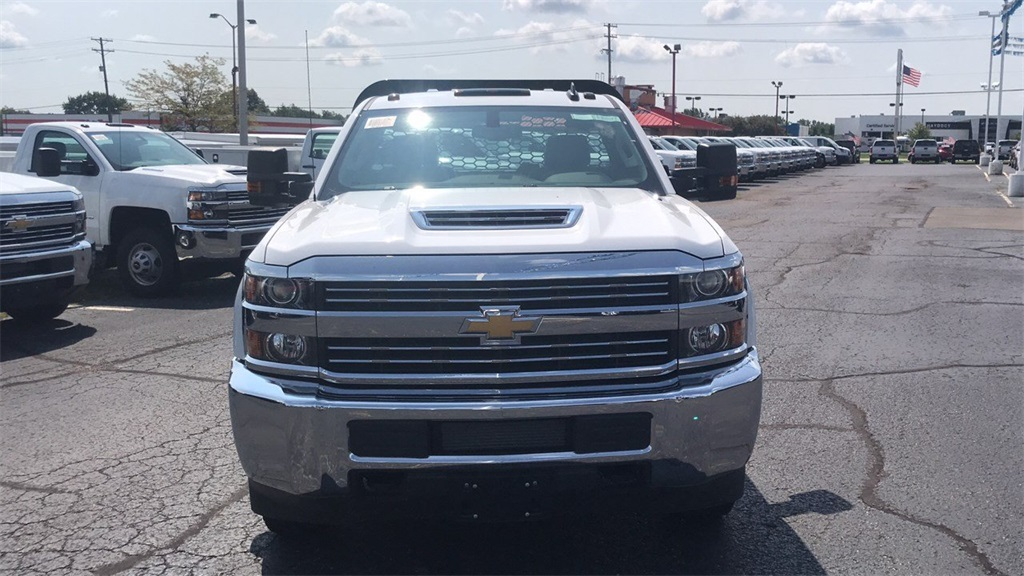 2018 Silverado 3500 Regular Cab DRW 4x2,  Knapheide Platform Body #CJF153578 - photo 6