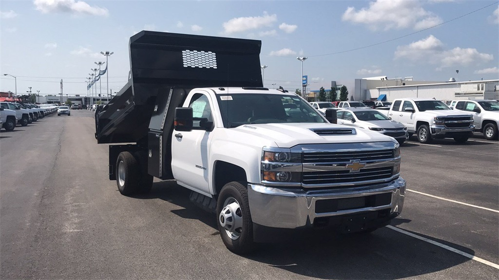 2018 Silverado 3500 Regular Cab DRW 4x4,  Knapheide Dump Body #CJF165819 - photo 7