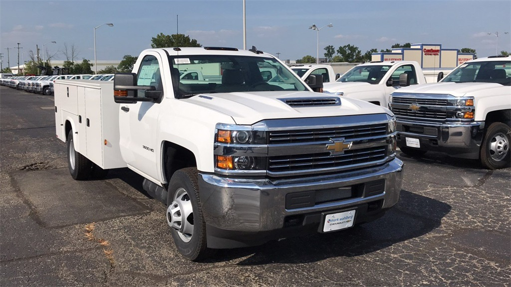 2018 Silverado 3500 Regular Cab DRW 4x4,  Knapheide Service Body #CJF185893 - photo 5