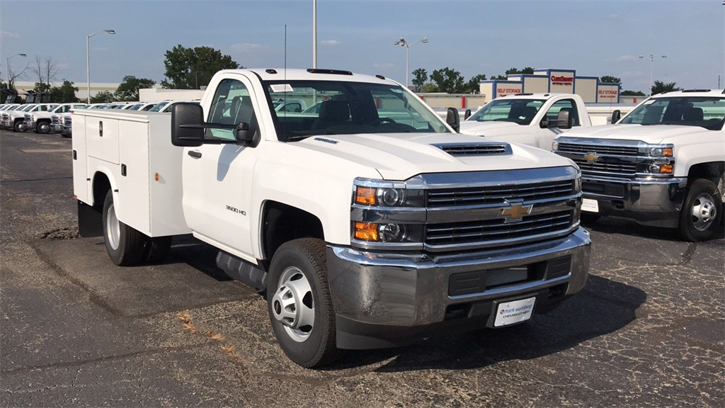 2018 Silverado 3500 Regular Cab DRW 4x4,  Knapheide Service Body #CJF196370 - photo 5