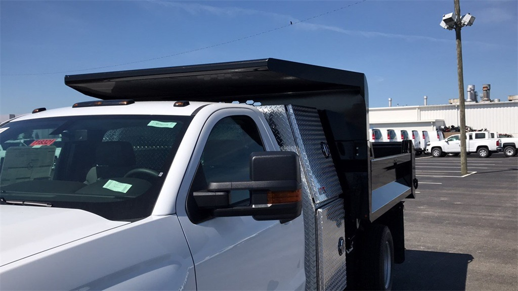 2018 Silverado 3500 Regular Cab DRW 4x4,  Knapheide Dump Body #CJF201273 - photo 29
