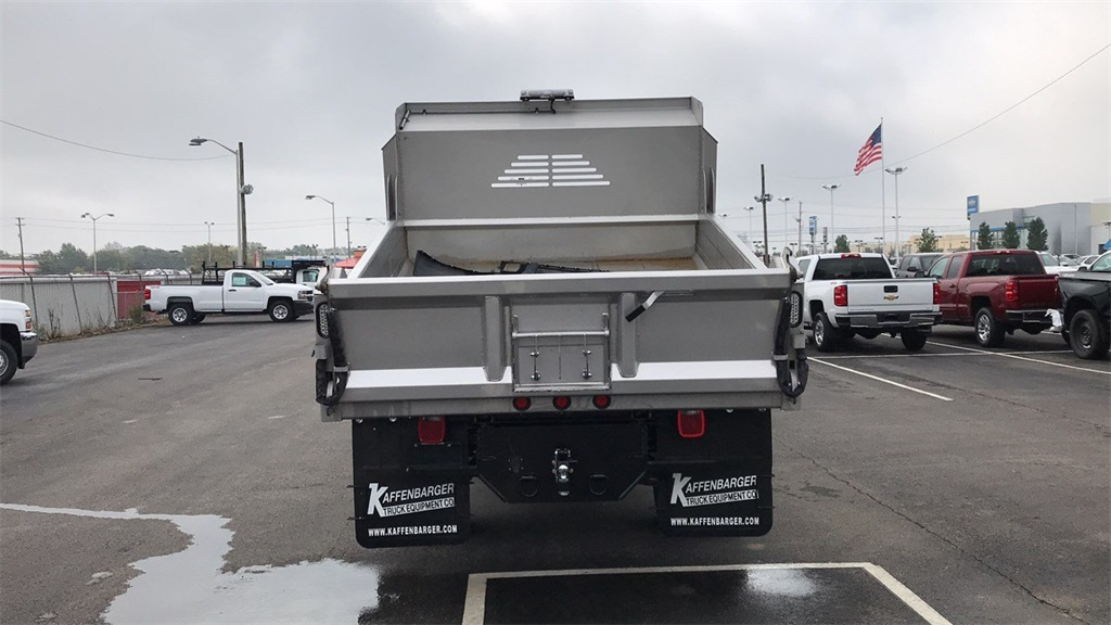 2018 Silverado 3500 Regular Cab DRW 4x4,  Crysteel Dump Body #CJF202905 - photo 7