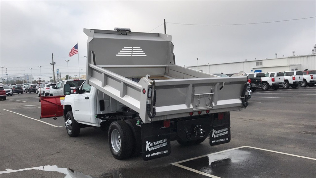 2018 Silverado 3500 Regular Cab DRW 4x4,  Crysteel Dump Body #CJF202905 - photo 2