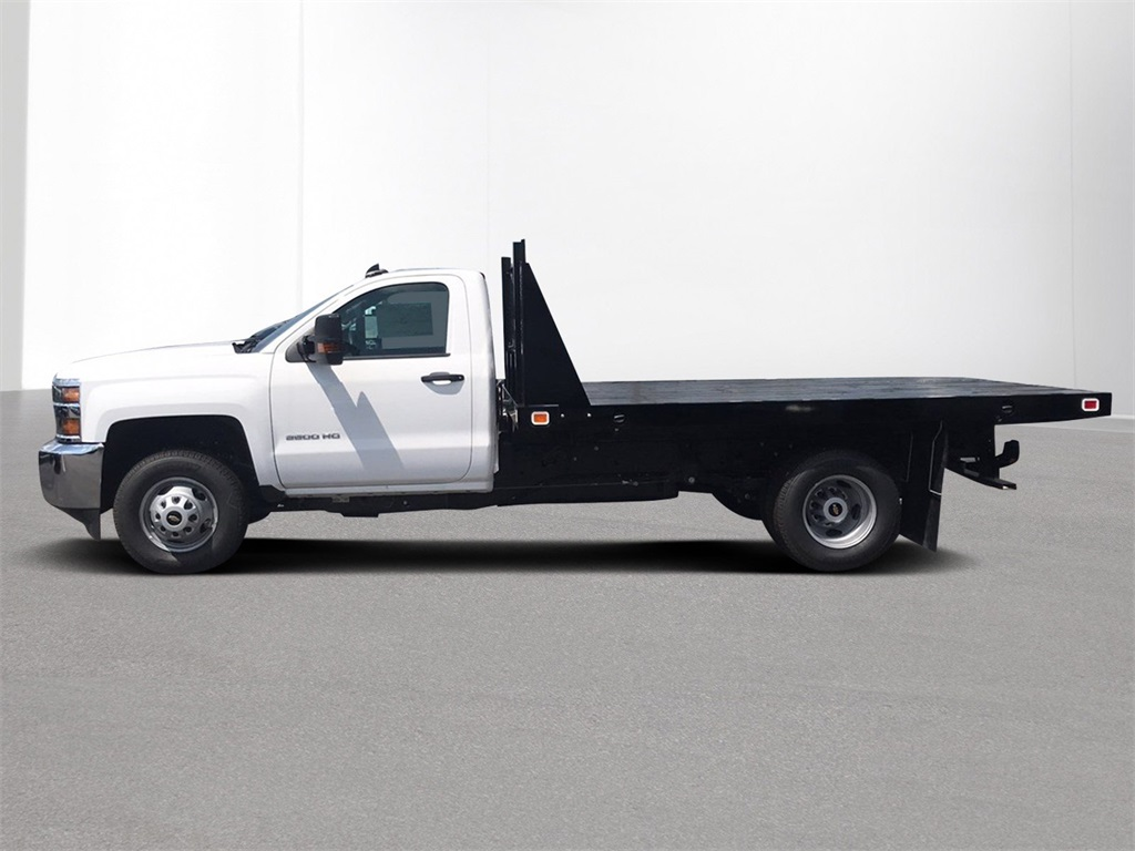 2018 Silverado 3500 Regular Cab DRW 4x2,  Knapheide Platform Body #CJF246794 - photo 4