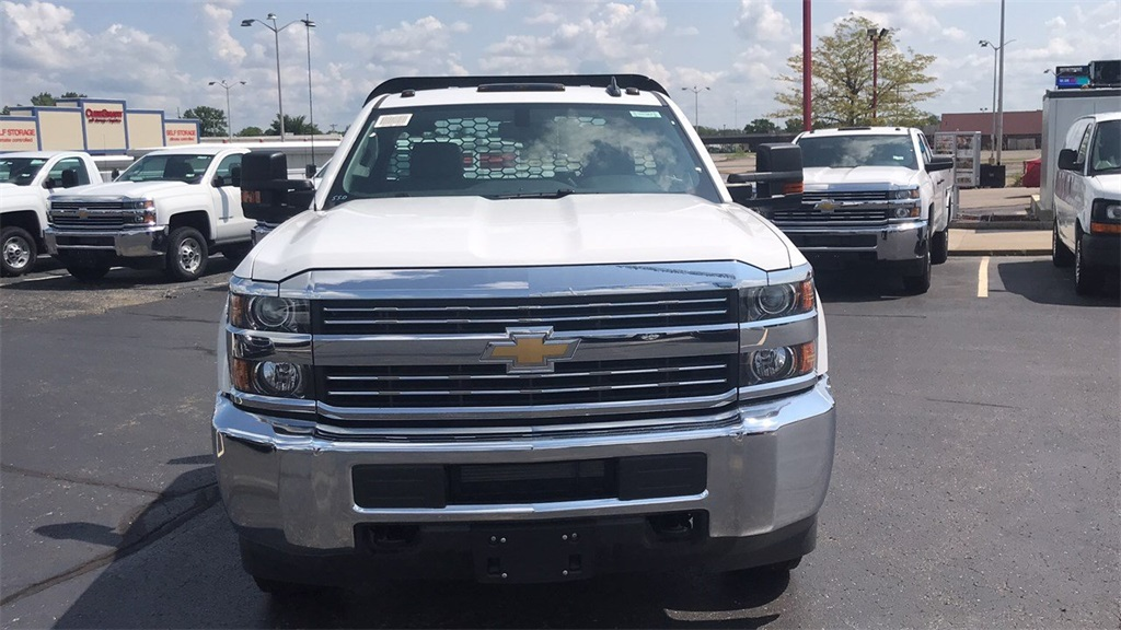 2018 Silverado 3500 Regular Cab DRW 4x2,  Knapheide Platform Body #CJF247662 - photo 6