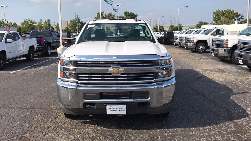 2018 Silverado 3500 Regular Cab DRW 4x2,  Knapheide Service Body #CJF247924 - photo 4