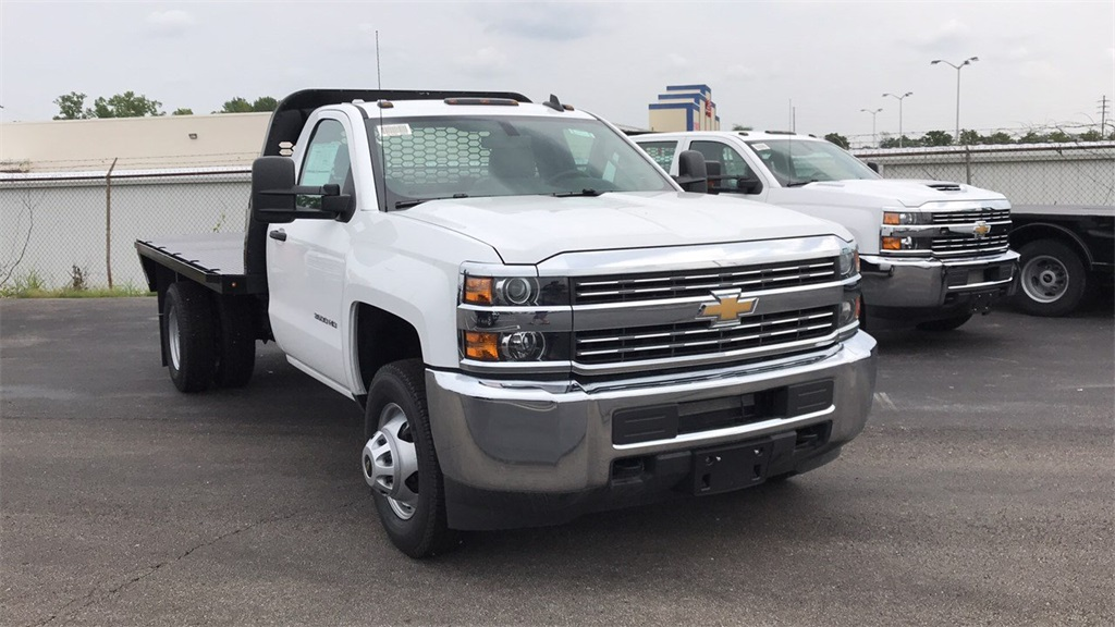 2018 Silverado 3500 Regular Cab DRW 4x2,  Knapheide Platform Body #CJF247953 - photo 5
