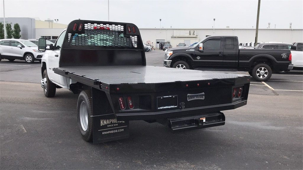 2018 Silverado 3500 Regular Cab DRW 4x2,  Knapheide Platform Body #CJF247953 - photo 2