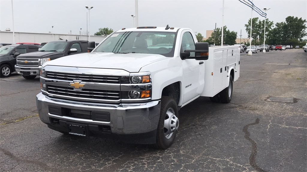 2018 Silverado 3500 Regular Cab DRW 4x2,  Knapheide Service Body #CJF248354 - photo 3