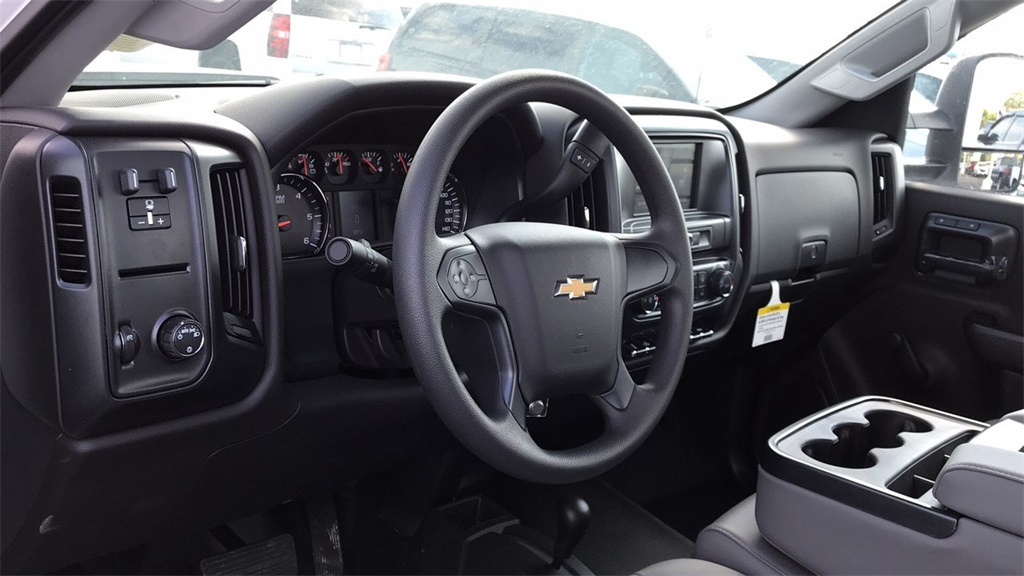 2018 Silverado 3500 Regular Cab DRW 4x4,  Knapheide Standard Service Body #CJZ152487 - photo 13