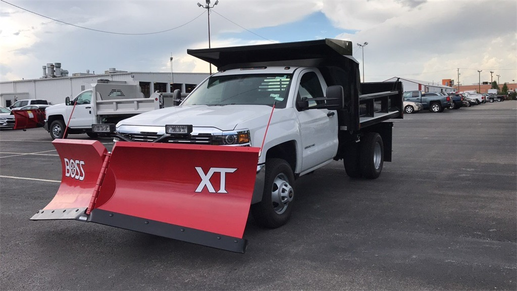 2018 Silverado 3500 Regular Cab DRW 4x4,  Crysteel Dump Body #CJZ252391 - photo 3