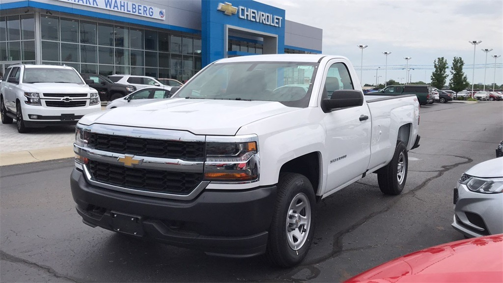 2018 Silverado 1500 Regular Cab 4x4,  Pickup #CJZ275379 - photo 3
