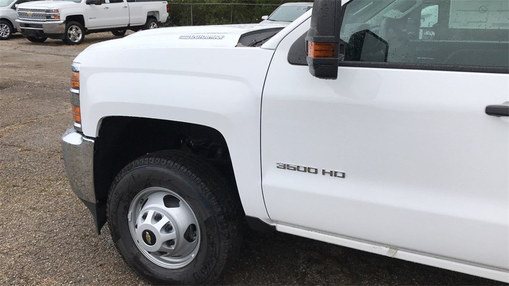 2019 Silverado 3500 Regular Cab DRW 4x4,  Duramag Service Body #CKF102663 - photo 13