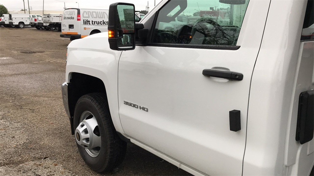 2019 Silverado 3500 Regular Cab DRW 4x2,  Knapheide Dump Body #CKF108340 - photo 13