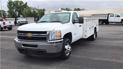 2014 Silverado 3500 Regular Cab 4x2,  Cab Chassis #CP110690 - photo 3