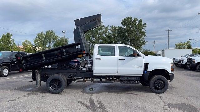 2020 Silverado 5500 Crew Cab DRW 4x4,  Crysteel E-Tipper Dump Body #CX0T089936 - photo 4
