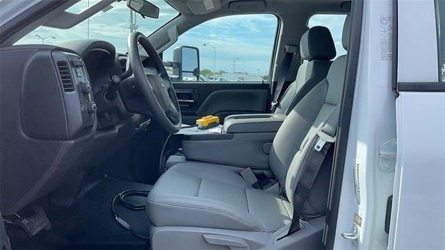 2020 Silverado 5500 Crew Cab DRW 4x4,  Crysteel E-Tipper Dump Body #CX0T089936 - photo 16
